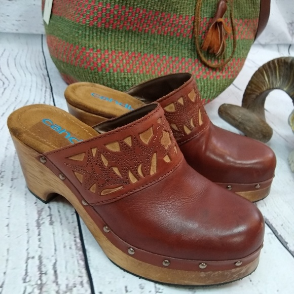 Candies Vintage Leather And Wood Clogs